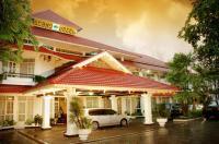 Crown Hotel Tasikmalaya Image