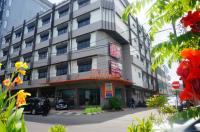 Losari Beach Hotel Makassar Image