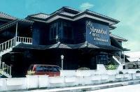Hotel Arumbai Image