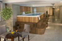 Golden Rose Hotel Image