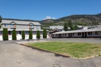 Sportman's Motel Image