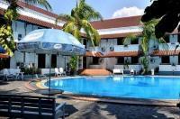 Bahari Inn Image