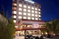 Grand Zuri Dumai Hotel Image