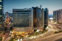 Riviera Hotel Image