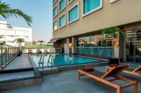 Novotel Bangkok Fenix Silom Hotel Image
