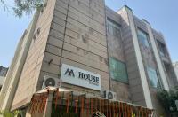 Shervani Hotel Image