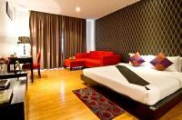 Glitz Hotel Image