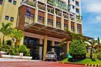 Pinnacle Hotel And Suites Image