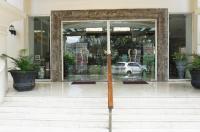 Oktroi Plaza Serviced Apartment Image
