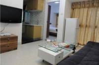 She & He Apartment - Caiwuwei Yuhedi Branch Image