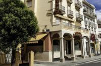 Apartamentos Turísticos La Fonda Image