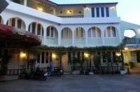 Casa Holiday Hotel Image