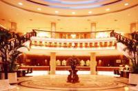 Golden Coast  Lawton Hotel Image
