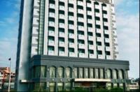 Ya Ling Hotel Image