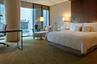 Four Seasons Hotel Tokyo At Marunouchi Image