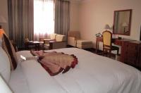 First-Luxury Wing Hotel Saigon Image