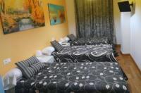Pensión y apartamentos turísticos Javier Image