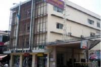 Sri Chumphon Hotel Image