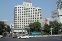 Lotus Huatian Hotel Image