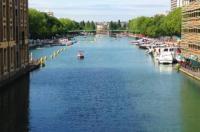 Paris on Water Image