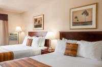 Grande Cache Inn & Suites Image