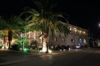 Achilles Hotel Image