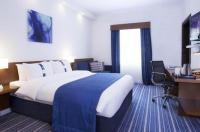 Holiday Bahrain Hotel Image