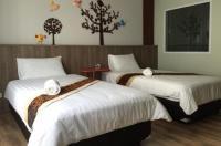 Hotel Le Lerts Living Image