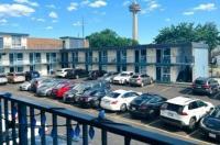 Fairway Inn by the Falls Image