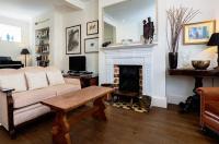Veeve  House Lysia Street Fulham Image