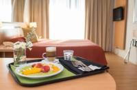 Maran Suites & Towers Image