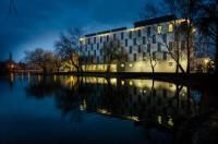 Best Western Plus Lakeside Hotel Image