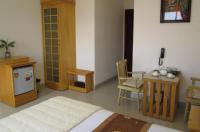 Nhiet Doi Hotel Image
