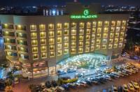 Grand Palace Hotel Image