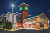 La Quinta Inn & Suites Louisville Image