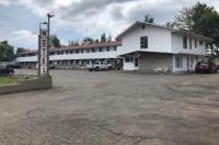 Voyageur Motel Image