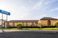 Rodeway Inn & Suites Colton Image