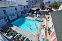 Riviera Resort & Suites Image