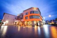 Jw Boutique Hotel Image