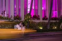 Shoreline Hotel Waikiki Image