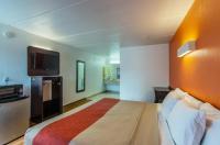 Motel 6 Cleveland Image