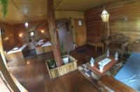 Yoschi's Hotel Image