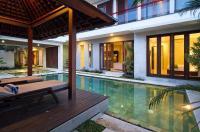 Apple Villas & Apartments Image