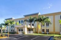 La Quinta Inn & Suites Orlando Universal Area Image