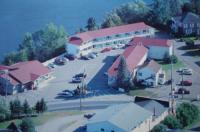 Hilltop Motel & Restaurant Image