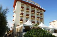 Hotel Montecarlo Image