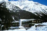 Hotel Canin Image