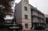 Hotel Residence La Fontana Image