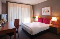 Adina Apartment Hotel Sydney Image