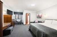Adelaide Inn Image